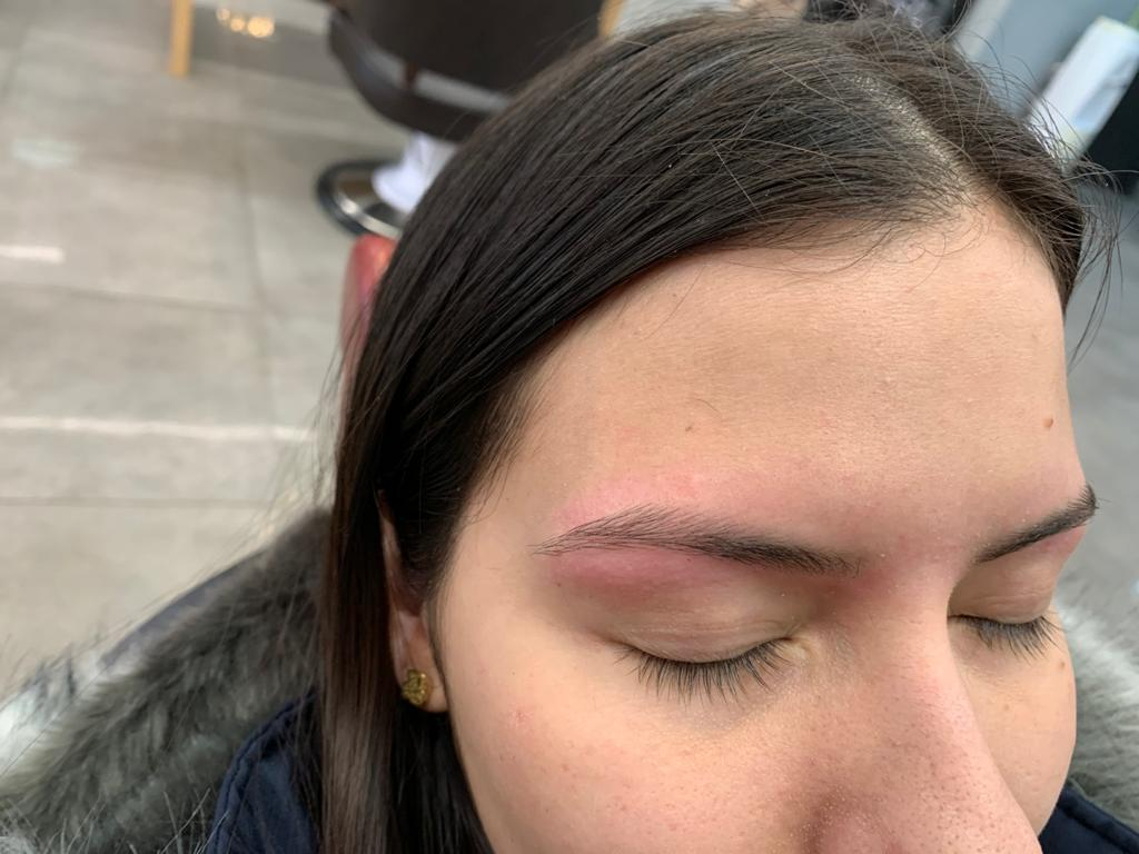 Threading service in an affordable price in Sydney by labelle hair and beauty saloon