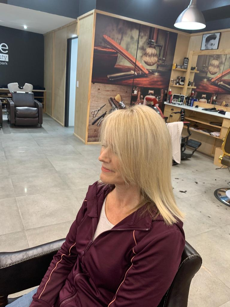 LA BELLE HAIR & BEAUTY BLONDE