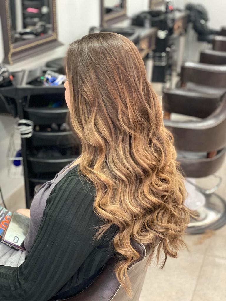 Full Balayage at La belle Hair and Beauty Salon